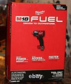 Milwaukee 2962-20 M18 Combustible 1/2 Clé D'impact Mi-torque Avec Anneau De Friction